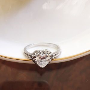 Jewelry - Bundle only ❤️silver Tone heart cz ring